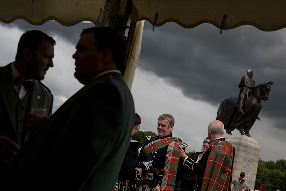 Clans gathering at Bannockburn Live. © Jeremy Sutton-Hibbert 2014, all rights reserved.