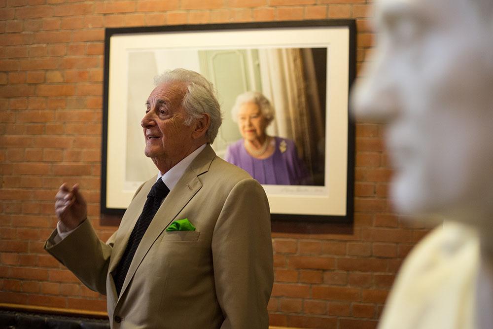 Harry Benson unveils his new portrait of Queen Elizabeth II at the Scottish National Portrait Gallery, Edinburgh,  July 2014. © Jeremy Sutton-Hibbert