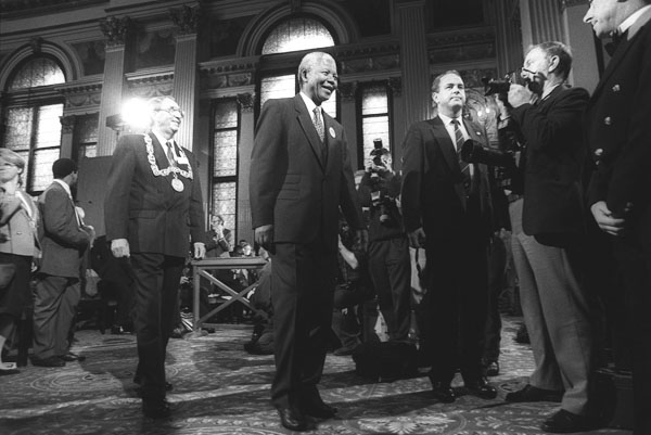 Nelson Mandela inside the City Chambers, George Square, Glasgow, Scotland, on 9th October 1993. Mandela was in Glasgow to receive the 'Freedom of the City' honour. ©Jeremy Sutton-Hibbert 1993, all rights reserved.