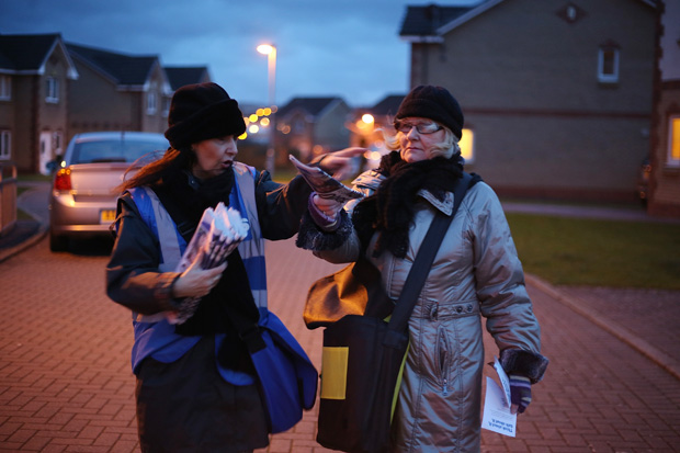 Margaret and Liz, campaigners for Yes Scotland distribute leaflets in Blantyre, Glasgow. ©Jeremy Sutton-Hibbert 2014, all rights reserved.