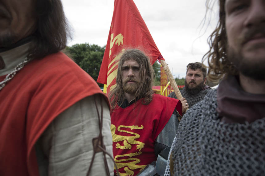 England's King Edward II awaits the battle. Photograph © Colin McPherson 2014, all rights reserved.