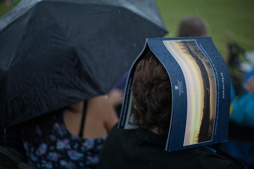 An impromptu umbrella. Photograph ¸Jeremy Sutton-Hibbert 2014, all rights reserved.