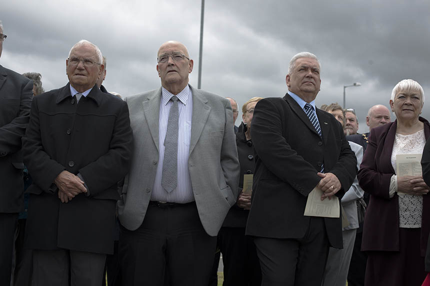 Former steelworkers gather at the unveiling. Photograph © Colin McPherson 2015, all rights reserved.