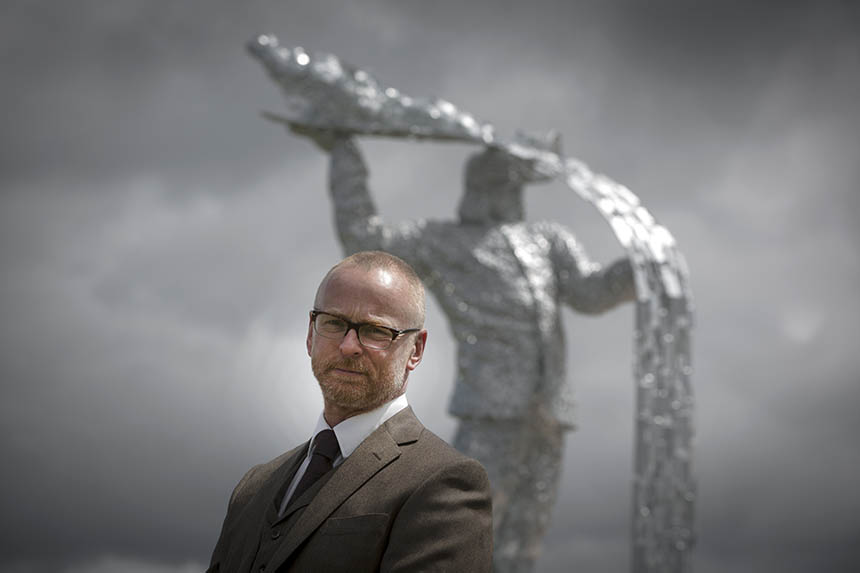 Andy Scott and Steel Man at the official unveiling. Photograph © Colin McPherson 2015, all rights reserved.