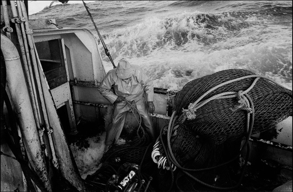 Aboard the seine netter 'Argosy', on the North Sea, 1995. ©Jeremy Sutton-Hibbert, all rights reserved.